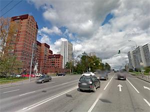 ГИБДД ищет участника аварии на Панфиловском проспекте