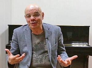Константин Райкин: «Читать стихи вслух — это как молитва, это улучшает качество человека»