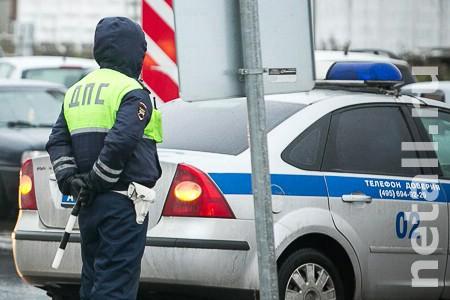 Автоинспекторы нашли марихуану в машине с пьяным водителем