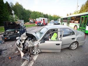 В воскресной аварии у «Авто 49» пострадали два человека