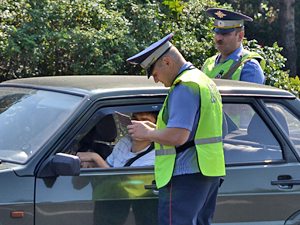 «Гаишники» не смогут изымать права на дороге