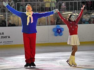 Фигуристы Петрова и Тихонов выступят на ледовом шоу в 20-м микрорайоне