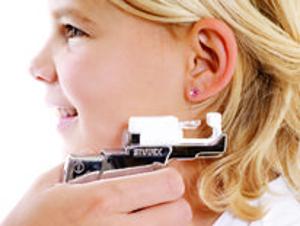 В салоне детской красоты «Мульти-ЧИК» теперь можно проколоть уши без боли по новейшей технологии
