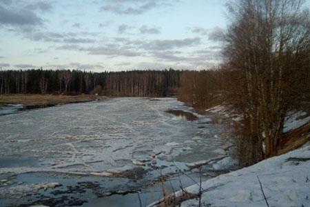 Любитель подледной рыбалки утонул в Менделеево