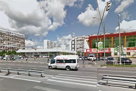 Автомобилистка сбила школьницу на переходе у ТЦ «Столица» в 14-м микрорайоне