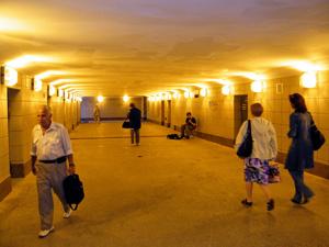 Власти отказались от камер в подземных переходах