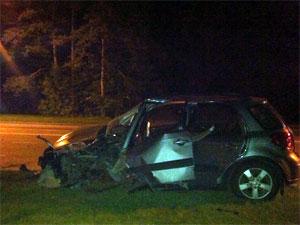Автомобилистка врезалась в столб на Сосновой аллее