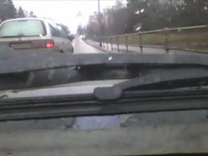 Подрезал без поворотника