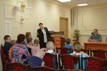 Зеленоградский Центр занятости населения провел в бывшем детском доме итоговый День профориентации