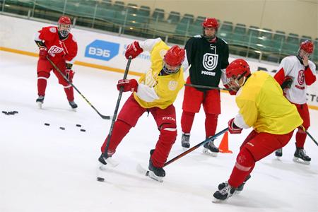 Юношеская сборная России по хоккею сыграет четыре матча в Зеленограде