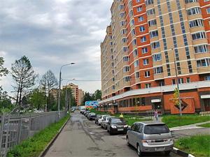 Паркинги в домах 20-го района сдадут за 3 тысячи рублей
