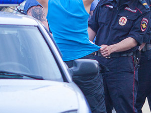 За неделю полиция поймала четырех наркохранителей