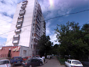 Молодой человек выжил после падения с 10-го этажа