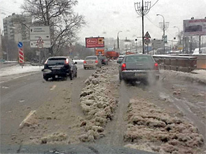 Коммунальщики отчитались о победе над снегопадом