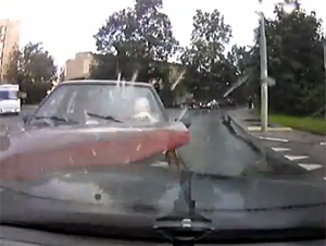 Пьяный водитель устроил ДТП при буксировке автомобиля