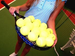 Школа тенниса «Первая ракетка» начинает набор детей на новый учебный год