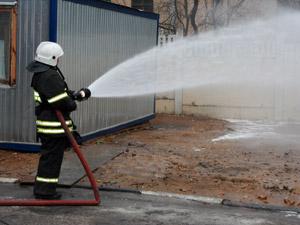 Самодельная столовая сгорела в МЖК