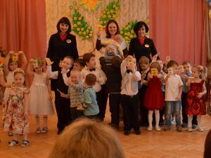 Зеленоградских автоинспекторов пригласили на празднование 8 Марта в гимназию №1528