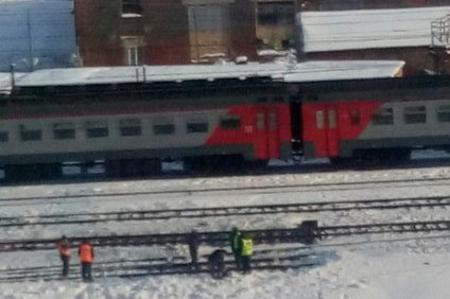 У станции Крюково электричка насмерть сбила двух человек