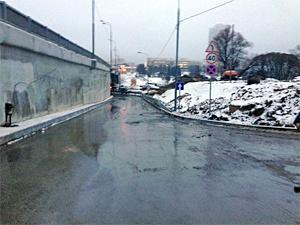 Проезд под мостом у МИЭТа закроют почти на сутки