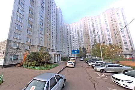 Женщину убили в квартире в присутствии стоявших за дверью полицейских