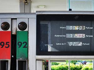 Не заплатившего за бензин мужчину взяли под арест