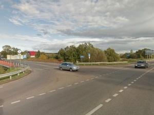 На Пятницком шоссе столкнулись автобус и автокран