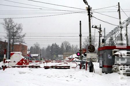 Два человека погибли на железнодорожном переезде в Фирсановке за трое суток