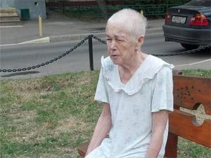 Потерявшуюся пенсионерку забрал из больницы сын
