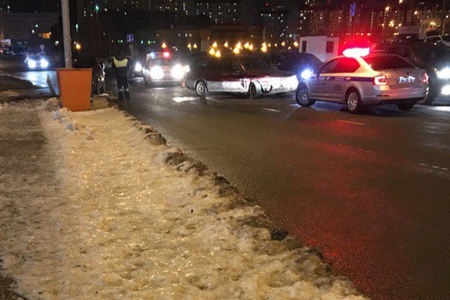 В ДТП у отделения полиции в «новом городе» пострадал пассажир «девятки»