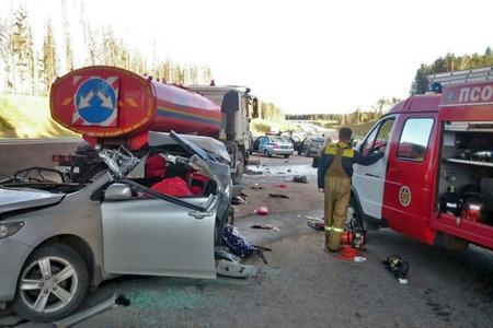 За год в ДТП на Новой Ленинградке погибли шесть человек