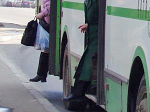Следствие ищет свидетелей наезда автобуса на пенсионерку