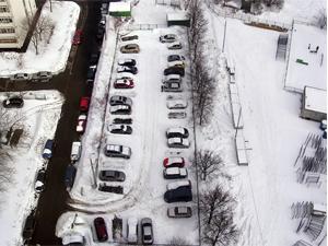 Стройка «народного гаража» у корпуса 1212 отложена на май