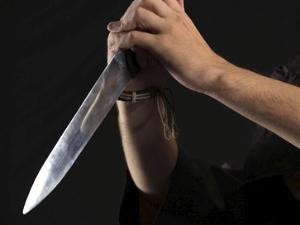 Хозяина залитой квартиры порезали ножом