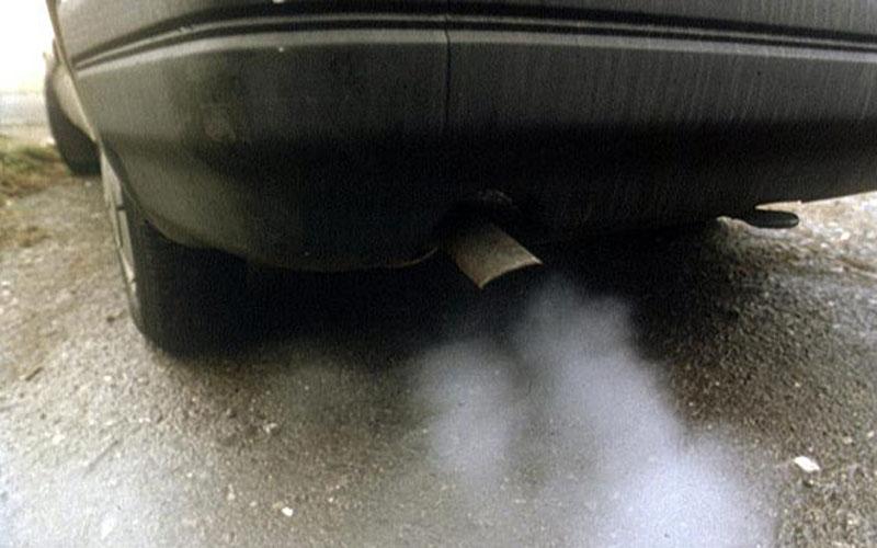 Трое подростков отравились угарным газом в гараже