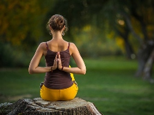 Йога для начинающих в студии фитнеса «Алан-Z»