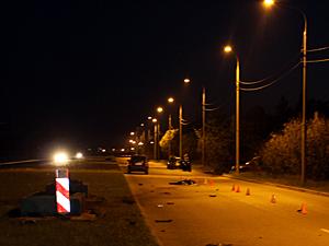Мотоциклист разбился насмерть на Середниковской улице