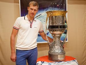 Кубок Гагарина выставят в ледовом дворце «Орбита»