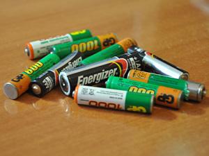 В подъездах могут появиться урны для батареек