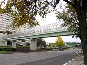 Открытие пешеходного моста отложено на 2012 год