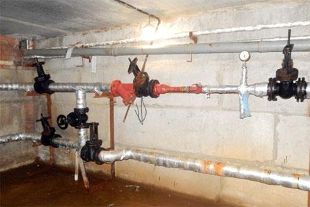 Трубы отопления в пяти зеленоградских домах в порядке эксперимента промыли химическим реагентом