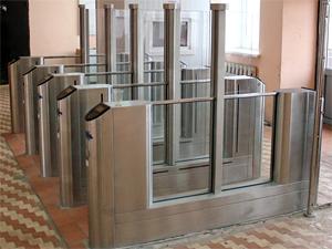 В апреле заработают турникеты на платформах Подрезково и Новоподрезково