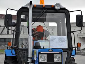 Тракторист из-за инсульта врезался в автобус