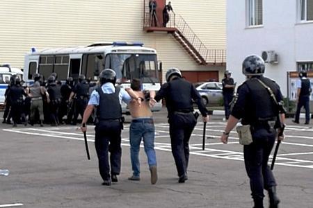 Полиция Зеленограда отрепетировала задержание бунтующих фанатов
