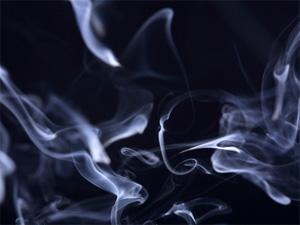 Руководитель колледжа застал студента за курением гашиша