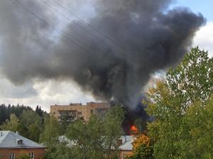 В поселке Менделеево сгорела баня