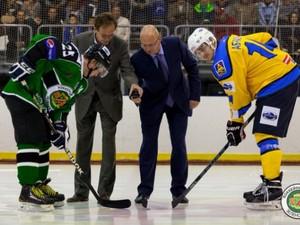 В первых домашних матчах сезона ХК «Зеленоград» продолжил серию разгромов