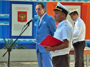 Префект отметил День ВМФ с моряками в Севастополе