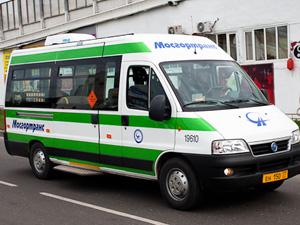 Пассажир микроавтобуса пострадал в ДТП в Северной промзоне