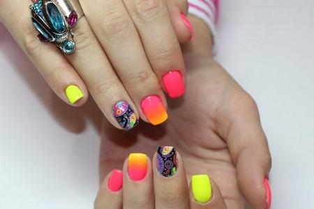 В 15-м микрорайоне открылась новая ногтевая студия Vogue&Nails